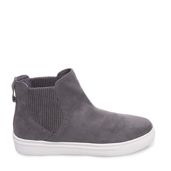 35ac067b4d7 ... Steve Madden Coal Sneaker. M 5aa88f13d39ca2cd9a90bb48